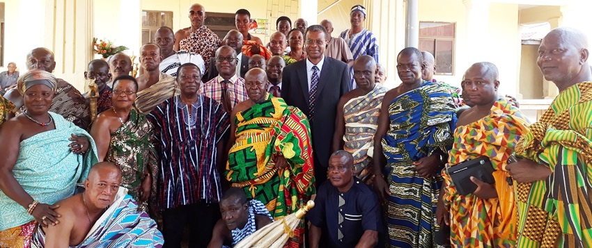 Nana Gyebi II with the Chiefs in a Group Photograph with the VC and the UMaT Delegation