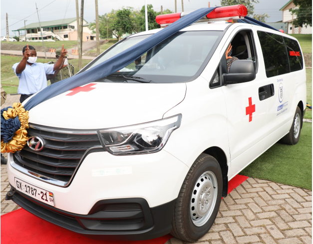 Gold Fields Ghana Donates A Brand New Fully Equipped Ambulance To UMaT